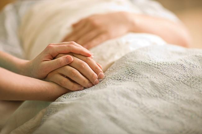 Како саосећати, а не повредити? Како помоћи, а да не угрозимо слободу воље друге особе?